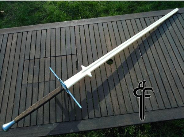 Black Fencer montante